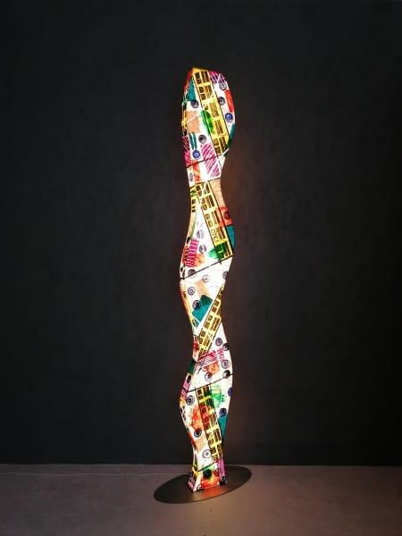 LED Designerstehleuchte Wave Dots
